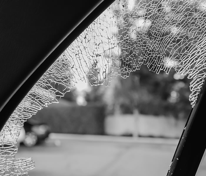 10 Best Lincoln Auto Glass Companies | Expertise