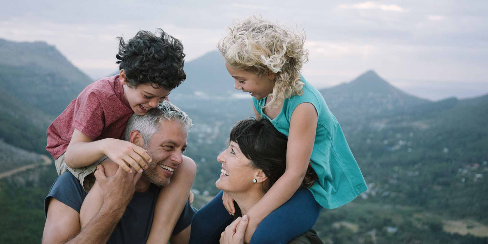 19 Best Boston Family Photographers | Expertise